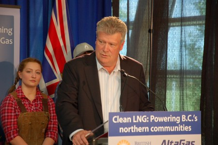 Minister convinced LNG boom still going to happen