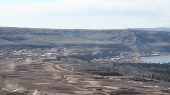New report by UBC researchers calls for government to send Site C to BCUC